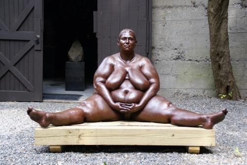 Monumental Woman, 2002